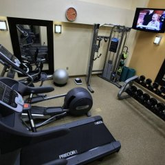 Отель Hilton Garden Inn Bethesda США, Бетесда - отзывы, цены и фото номеров - забронировать отель Hilton Garden Inn Bethesda онлайн фитнесс-зал фото 2