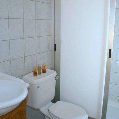 Отель Blue Coral Beach Villas ванная фото 2