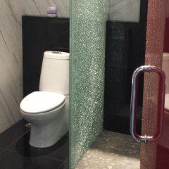 Отель Chalet Suisse Паттайя ванная фото 2