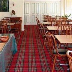 Отель Scottys Motel питание