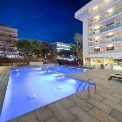 Отель 4R Hotel Playa Margarita Испания, Салоу - отзывы, цены и фото номеров - забронировать отель 4R Hotel Playa Margarita онлайн бассейн фото 3