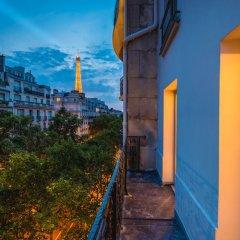 Отель La Bourdonnais Франция, Париж - 1 отзыв об отеле, цены и фото номеров - забронировать отель La Bourdonnais онлайн балкон