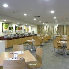 Отель Holiday Inn Express Guadalajara Expo питание
