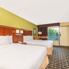 Отель Days Inn by Wyndham Knoxville East комната для гостей фото 2