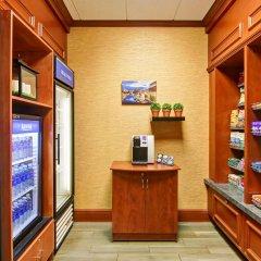 Отель Hilton Garden Inn Ottawa Airport Канада, Оттава - отзывы, цены и фото номеров - забронировать отель Hilton Garden Inn Ottawa Airport онлайн питание