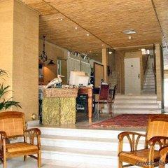 Отель Villa Albatroz Португалия, Кашкайш - отзывы, цены и фото номеров - забронировать отель Villa Albatroz онлайн интерьер отеля