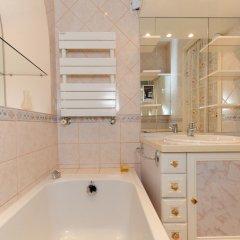 Отель Appartement Minuetto - 5 Stars Holiday House Ницца ванная