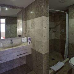 Отель City Express Buenavista ванная фото 2
