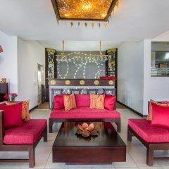 Отель Theva Residency интерьер отеля
