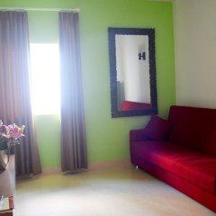 Hotel La Villa комната для гостей