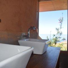 Отель Titicaca Lodge - Isla Amantani Перу, Тилилака - отзывы, цены и фото номеров - забронировать отель Titicaca Lodge - Isla Amantani онлайн ванная
