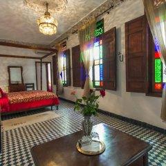 Отель Riad dar Chrifa Марокко, Фес - отзывы, цены и фото номеров - забронировать отель Riad dar Chrifa онлайн интерьер отеля фото 3