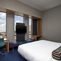 Отель Aloft Tulsa Downtown США, Талса - отзывы, цены и фото номеров - забронировать отель Aloft Tulsa Downtown онлайн комната для гостей фото 2