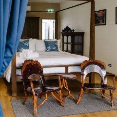 Отель Baan Vajra Бангкок в номере