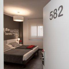Апартаменты 08028 Apartments комната для гостей фото 2