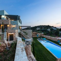 Отель Вилла Erondas Cretan Country Villas бассейн