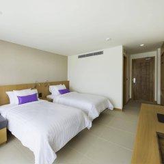 Отель The Lunar Patong комната для гостей