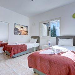 Отель Jason 8 Villa Кипр, Протарас - отзывы, цены и фото номеров - забронировать отель Jason 8 Villa онлайн комната для гостей фото 5