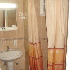 Ege Guneş Hotel Турция, Измир - отзывы, цены и фото номеров - забронировать отель Ege Guneş Hotel онлайн ванная фото 2