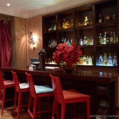 Warwick Palm Beach Hotel гостиничный бар
