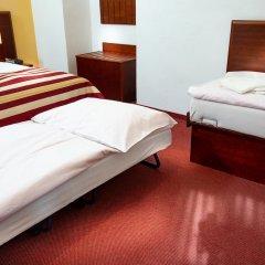 Hotel Petr сейф в номере