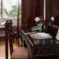 Little Hanoi Hostel 2 в номере фото 2
