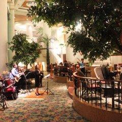 Montien Riverside Hotel питание