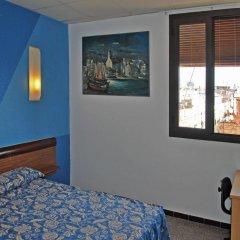 Отель Hostal Radio комната для гостей фото 2