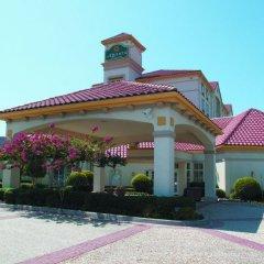 Отель La Quinta Inn & Suites Dallas North Central фото 6