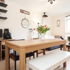 Апартаменты 1 Bedroom Apartment in Shoreditch в номере