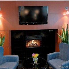 Отель Hampton Inn and Suites by Hilton, Downtown Vancouver Канада, Ванкувер - отзывы, цены и фото номеров - забронировать отель Hampton Inn and Suites by Hilton, Downtown Vancouver онлайн интерьер отеля фото 2
