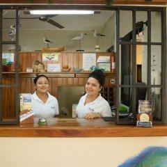 Отель Playa Bonita Гондурас, Тела - отзывы, цены и фото номеров - забронировать отель Playa Bonita онлайн интерьер отеля