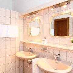 Отель CheckVienna Edelhof Apartments Австрия, Вена - 1 отзыв об отеле, цены и фото номеров - забронировать отель CheckVienna Edelhof Apartments онлайн ванная фото 3