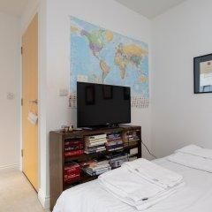 Апартаменты 2 Bedroom Apartment in Greenwich комната для гостей фото 3