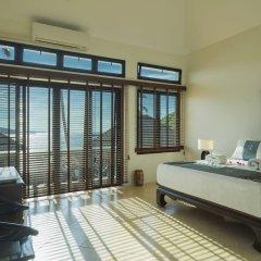 Отель Beach Front Luxury Villa Hai Leng Таиланд, пляж Панва - отзывы, цены и фото номеров - забронировать отель Beach Front Luxury Villa Hai Leng онлайн комната для гостей фото 4