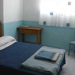 Отель Pensión Doña Lola Торремолинос комната для гостей фото 4