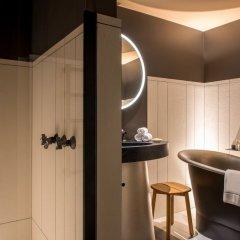 Отель Cour Des Vosges Париж ванная фото 2