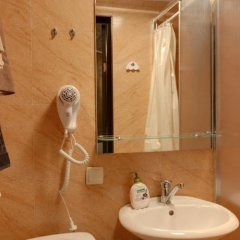 Гостиница Pokrovsky Украина, Киев - отзывы, цены и фото номеров - забронировать гостиницу Pokrovsky онлайн ванная
