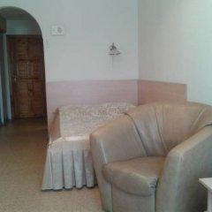 Гостиница Колос комната для гостей фото 6