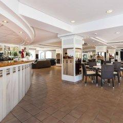 Отель Globales Cala'n Blanes Кала-эн-Бланес гостиничный бар