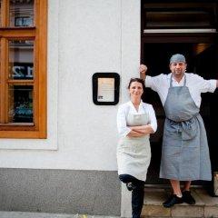 Отель Schreiners Essen und Wohnen Австрия, Вена - отзывы, цены и фото номеров - забронировать отель Schreiners Essen und Wohnen онлайн развлечения