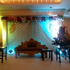 Отель Radisson Hyderabad Hitec City сауна