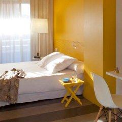 Отель Chic & Basic Ramblas Барселона комната для гостей