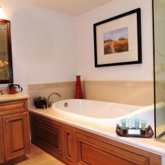 Отель Dolphin Bay Resort and Spa ванная фото 2