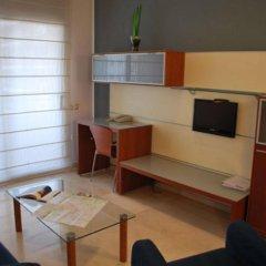 Отель Suites Marina - Abapart Испания, Барселона - отзывы, цены и фото номеров - забронировать отель Suites Marina - Abapart онлайн комната для гостей фото 3
