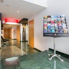 Отель AinB Sagrada Familia Apartments Испания, Барселона - 2 отзыва об отеле, цены и фото номеров - забронировать отель AinB Sagrada Familia Apartments онлайн бассейн