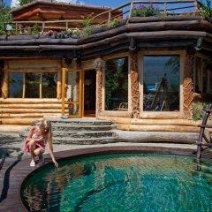 Ом Дом Отель бассейн