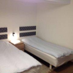 Отель Amalie Bed and Breakfast & Apartments Дания, Оденсе - отзывы, цены и фото номеров - забронировать отель Amalie Bed and Breakfast & Apartments онлайн комната для гостей фото 2