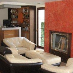 Berksoy Hotel Турция, Дикили - отзывы, цены и фото номеров - забронировать отель Berksoy Hotel онлайн гостиничный бар