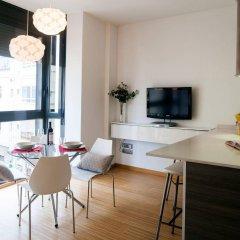 Апартаменты Feelathome Poblenou Beach Apartments Барселона комната для гостей фото 3
